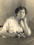 Thompson, Evelyn May (1895- )